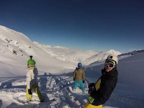 SNOWBOARDING: JUMPS, FREESTYLE, POWDER
