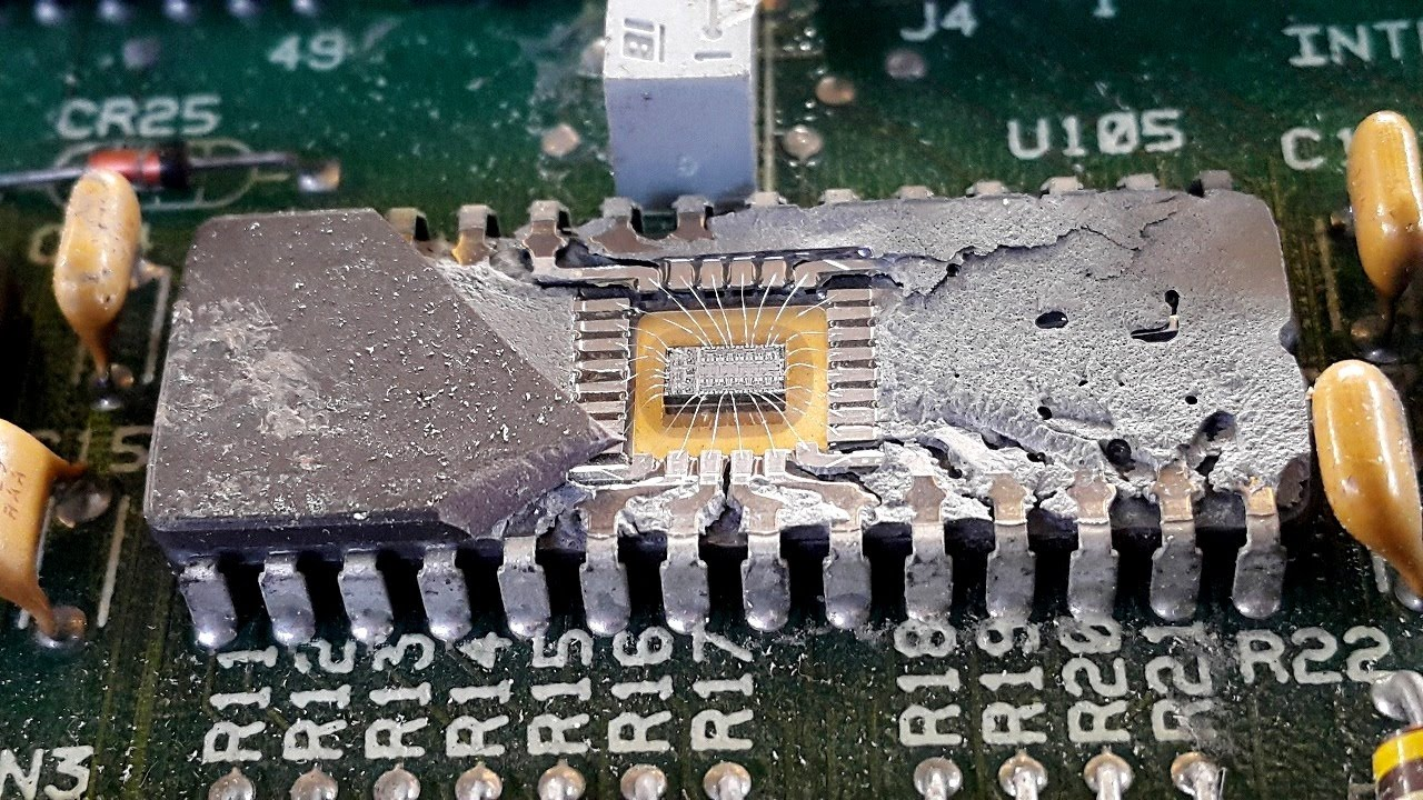 Inside Rom Chips Integrated Circuits Ic Not Usd Gold Wire Circuit Electronics Bonding Check Before Recovery