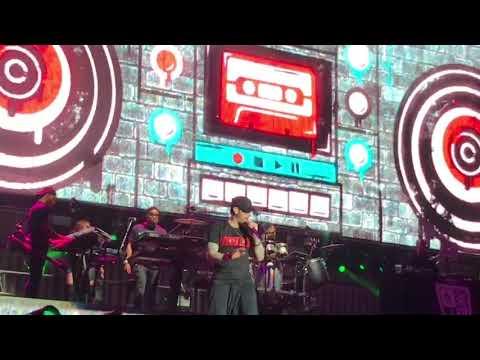 Eminem - Without Me (Reading Festival 2017) ePro exclusive