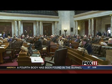 Walker says he would sign amended chemo bill