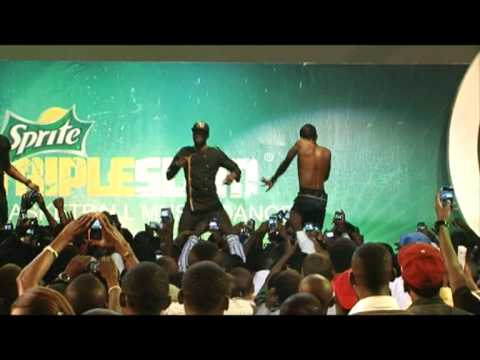 Download Wizkid Performs Pakurumo and Superstar