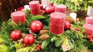 Рождественский базар.Играю на шарманке.Пробую сладости.