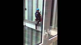 видео commercial window washing new york