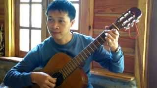 Anh Phước đang chơi bản Sonate ánh trăng tại Ma Rừng Lữ Quán