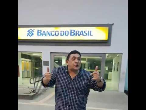 Video del maestro Poncho Zuleta hablando Portugués
