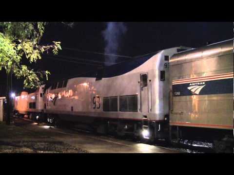 Amtrak Cardinal With Eleven Private Cars Huntington. WV [HD]