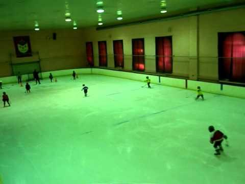 Детский хоккей,тренировки СКА -2004(второй состав) U7
