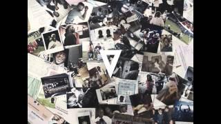 Sam's - 12 - Ma mélodie feat. Féfé & Youssoupha [Dieu est Grand]