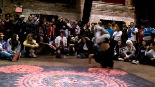 Juste Debout NYC 2011 Bboy Neguin jumps in a freestyle circle