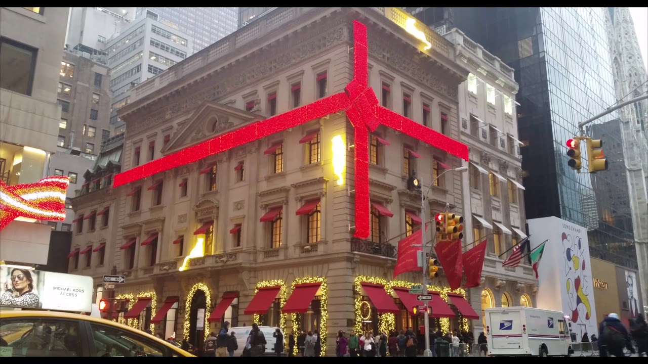 When Do Christmas Decorations Go Up In New York 2017 Www