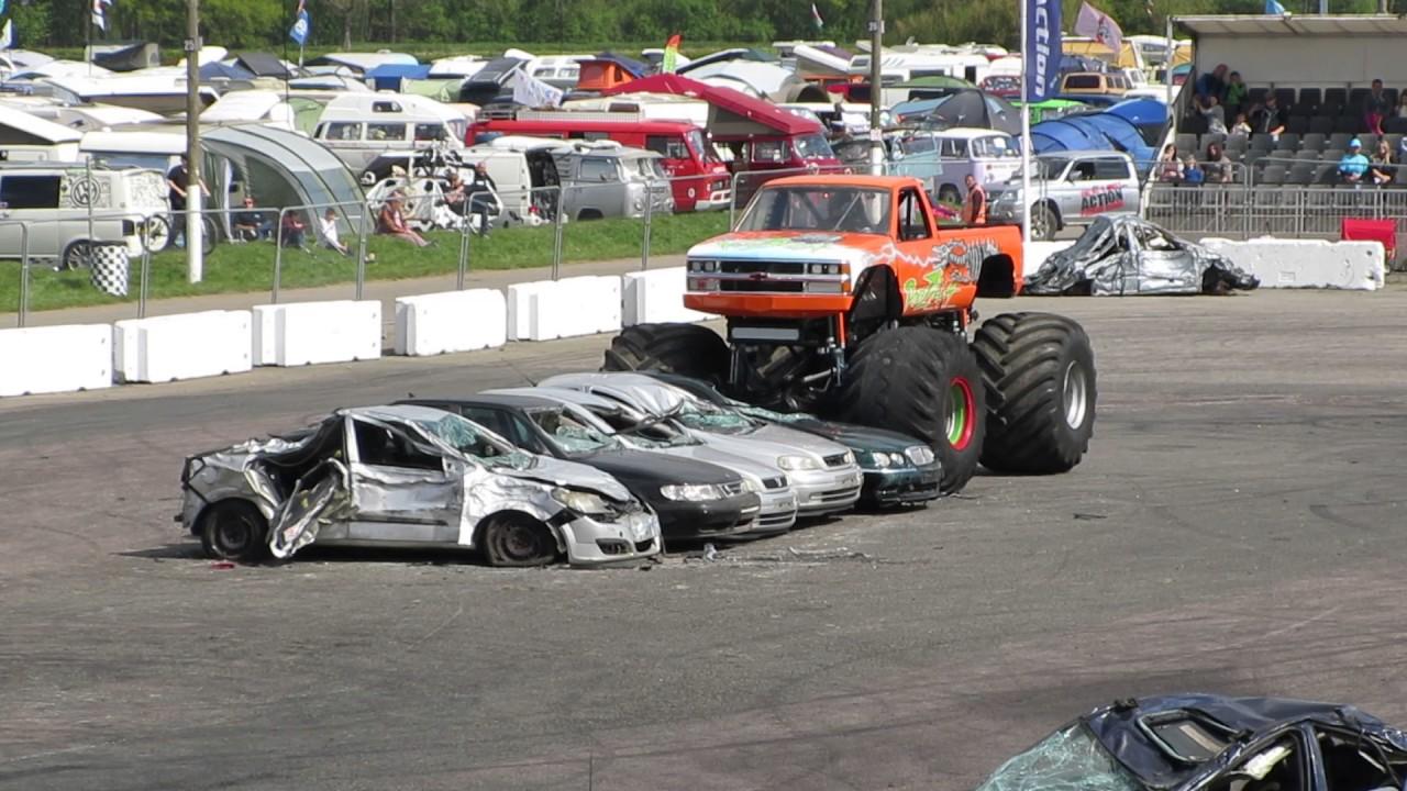 Podzilla Monster Truck Crushing Cars Youtube