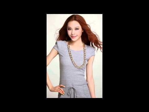 แฟชั่นชุดทำงานสวยๆ : ชุดเดรสสั้นสีเทา เข้ารูป แฟชั่นสไตล์เกาหลี