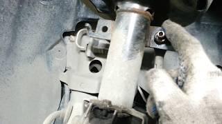 Renault Megane III 2009 год 1.5 dci Замена передних амортизаторов.