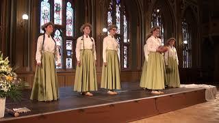 00074 Kuldīgas k. c. sieviešu vokālais ansamblis KARAMELES . fragm. vokālo ansambļu konkursa finālā