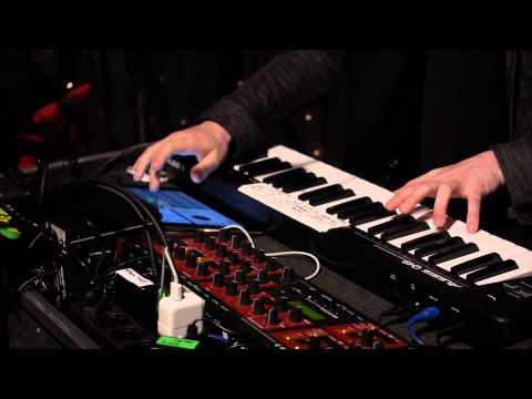 SOHN - Veto (Live on KEXP)