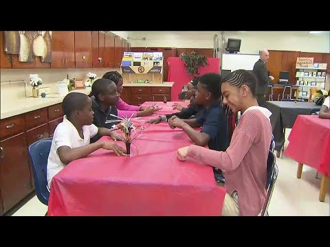Norland Middle School students, staff thrilled after 'Moonlight' win