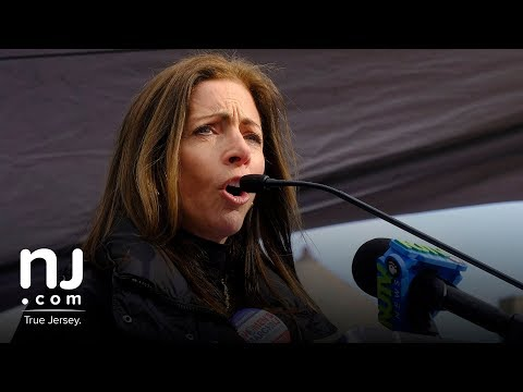 First Lady Tammy Murphy talks about being sexually assaulted while in college Mp3