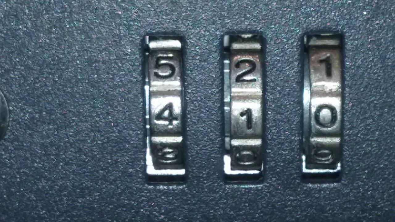 Opening the combination lock on ergo luggage without code