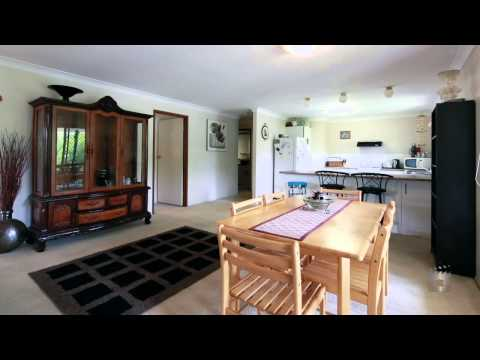 36 Discovery Drive, Helensvale Queensland By Michele Alpen