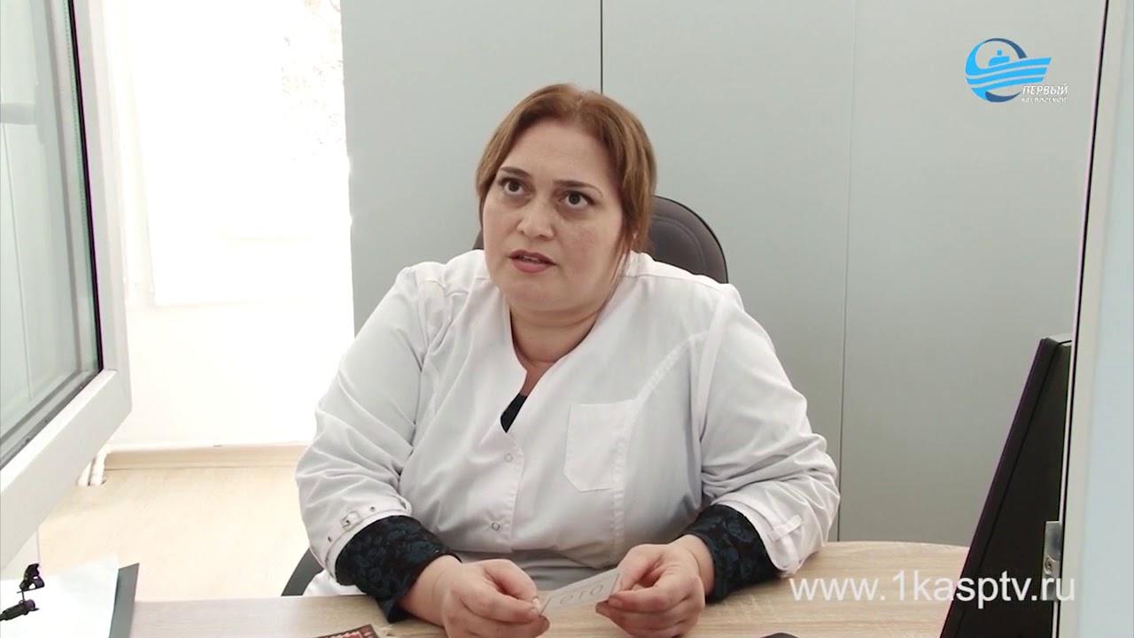 В поликлинике №1 Каспийска завершен ремонт входной группы и фойе