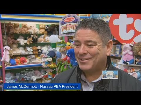 Nassau PBA, DAI and SOA bring joy to local kids at Christmas