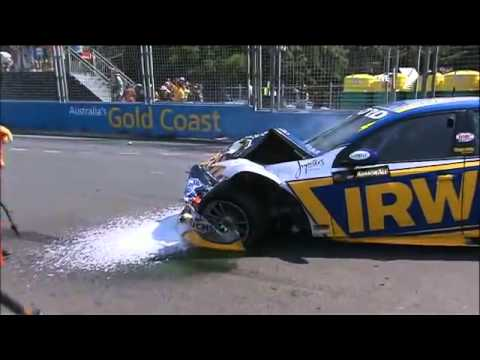 ARMOR ALL Gold Coast 600 2012 - Start Line Crash