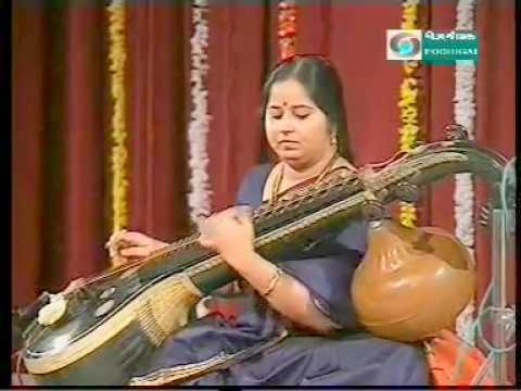 E Gayathri-Veena-Concert-2-Podhigai TV