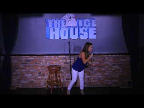 Kerri at the Ice House