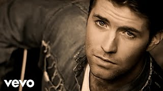 Watch Josh Turner Long Black Train video