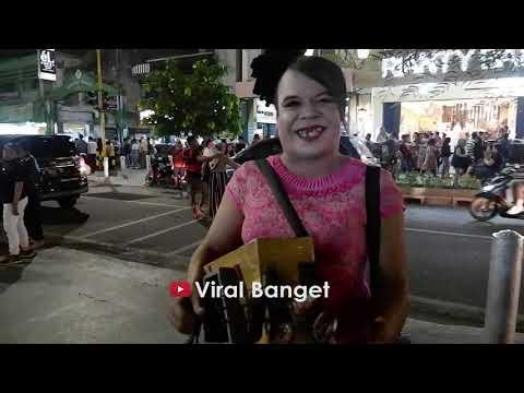 Viral Pengamen Jogja Gokil Abizz Wik Wik Ambyar Youtube