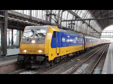 NS 186 007 + ICRm vertrekt als InterCity Direct van station Amsterdam Centraal