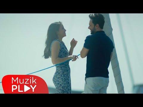 Özgün - Hayalet (Official Video)