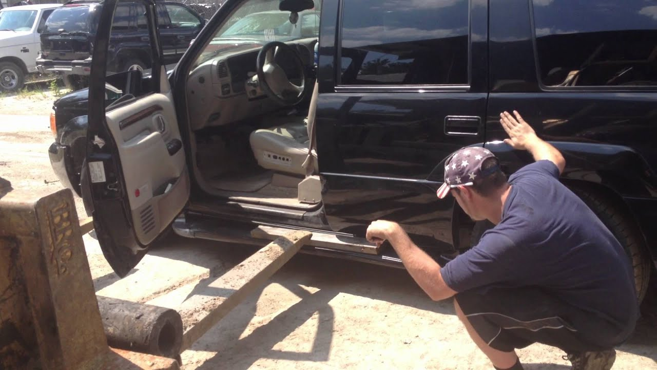Escalade Running Board Being Repaired 10 2012 A1 Pick A
