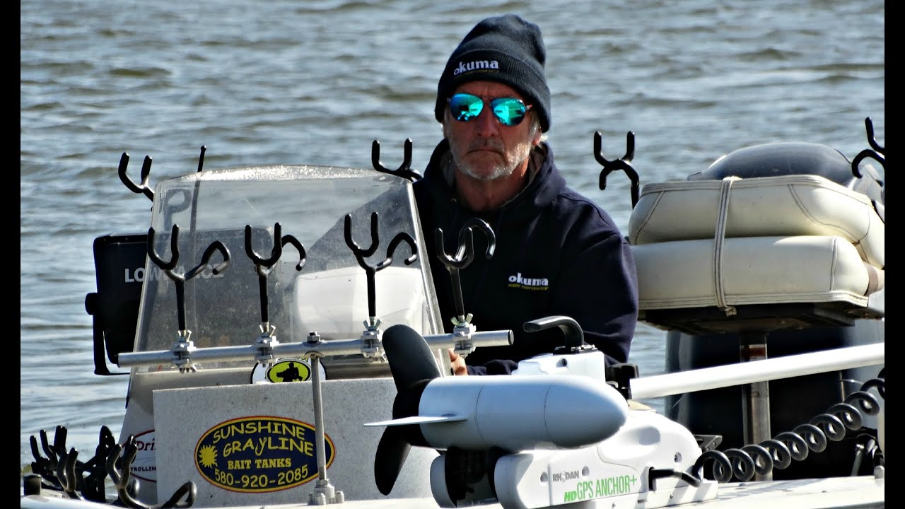 How to fishing tips with legendary the wiper sniper truman for Truman lake fishing report