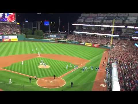 Cleveland Indians salute fans as winning streak ends