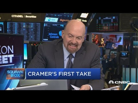 cramer-questions-how-sheryl-sandberg-could-possibly-stay-at-facebook-after-the-latest-nyt-expose