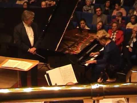 Gülsin Onay - Tchaikovsky Piano Concerto no.1 (1/2)