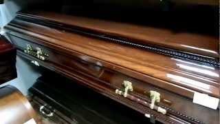 видео Заказать полированный гроб