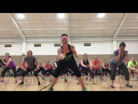 """""""Stay"""" by Zedd & Alessia Carr 