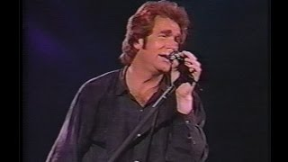 Huey Lewis & the News - Hard at Play Tour (1992)