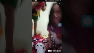 Download Video CEWEK SEKSI BIGO LIVE!!GOYANG SAMPE BUGIL #bugil #colmek #bigolive MP3 3GP MP4