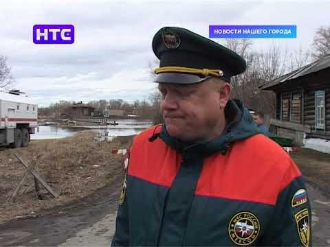 Для помощи в борьбе с паводком прибыл отряд МЧС из области