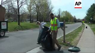 Horse drawn garbage removal in Vermont - 2015