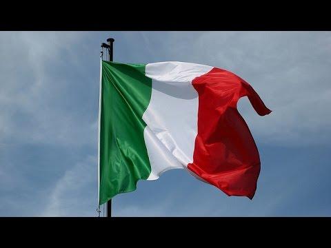 La bandiera italiana youtube for Bandiera di guerra italiana