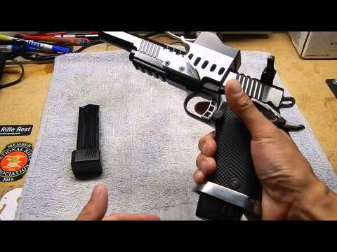 Will It Fit? Para P18 Magazines in a Rock Island 2011 - YouTube