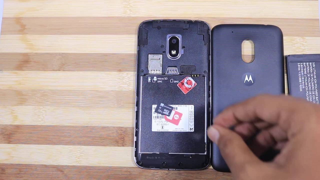 how to insert sim card in moto g6 play
