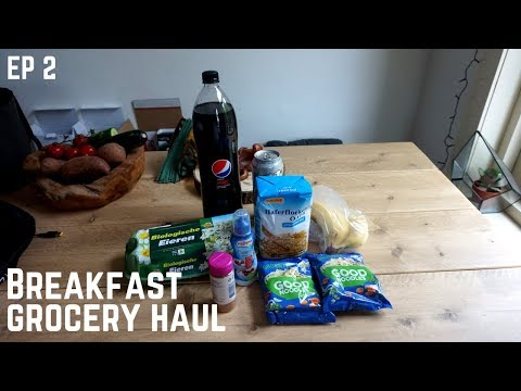 KEZ TAKES ON EUROPE EP2 - What I eat for breakfast!