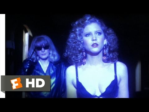 Dressed to Kill (7/9) Movie CLIP - Behind You! (1980) HD