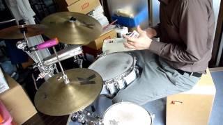 トランプ飛ばしでドラムソロ(実験中!) thumbnail