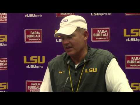 LSU Coach Les Miles: Brandon Harris Does Things That 'facilitate The Other 10 Players' | Video